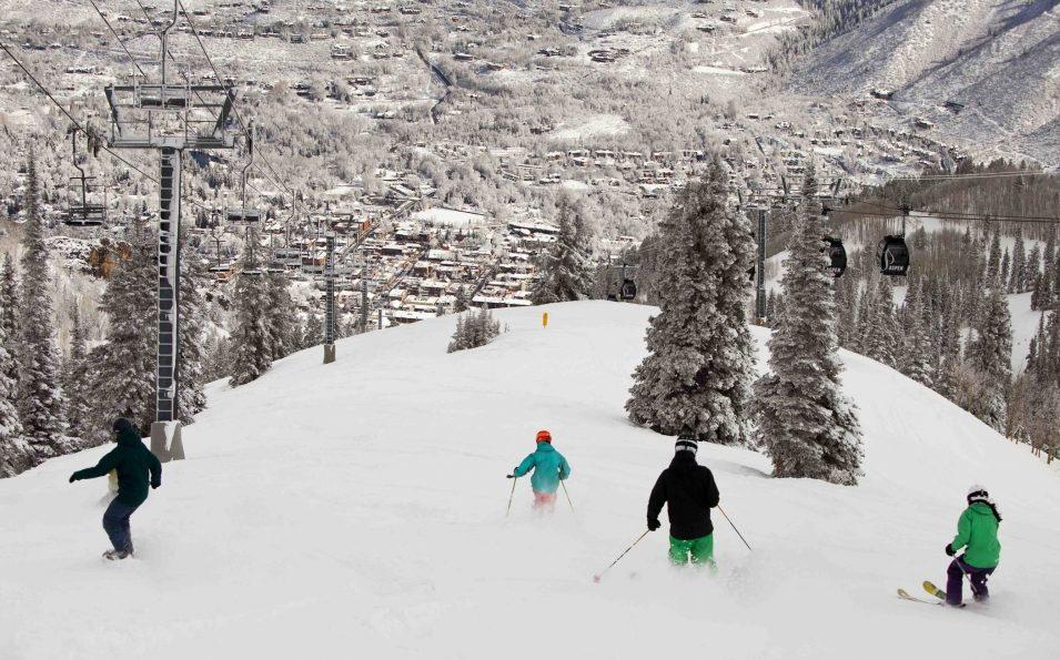 http://www.toursaltitude.com/wp-content/uploads/2014/07/Aspen-Snowmass-4-955x595.jpg