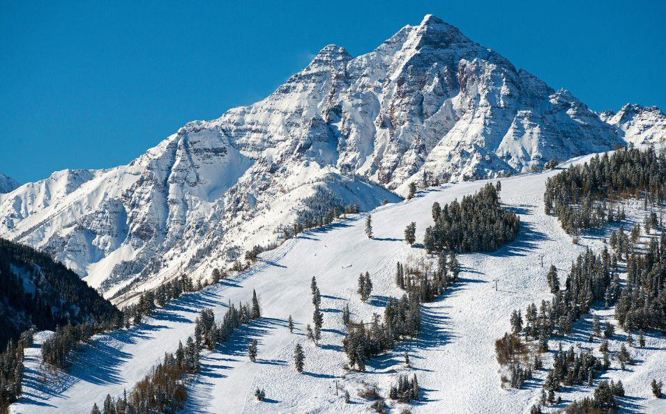 http://www.toursaltitude.com/wp-content/uploads/2014/07/Aspen-Snowmass-7-955x595.jpg