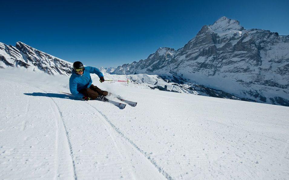 http://www.toursaltitude.com/wp-content/uploads/2014/07/Grindelwald-Wengen-2-955x595.jpg