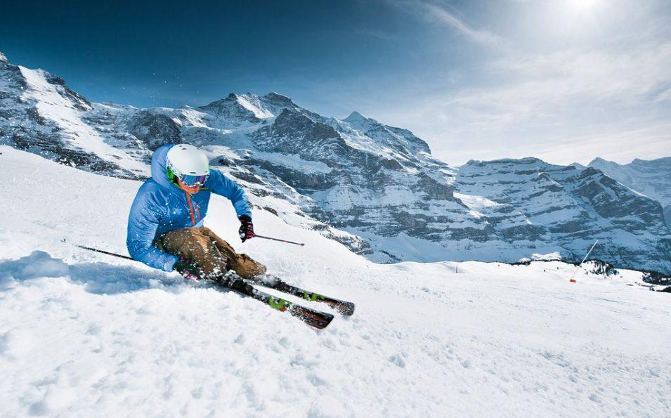 http://www.toursaltitude.com/wp-content/uploads/2014/07/Grindelwald-Wengen-7-955x595.jpg