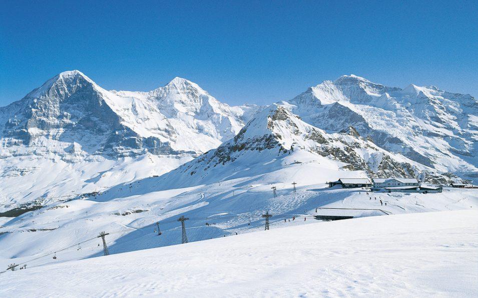 http://www.toursaltitude.com/wp-content/uploads/2014/07/Grindelwald-Wengen-81-955x595.jpg