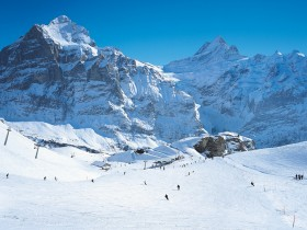 http://www.toursaltitude.com/wp-content/uploads/2014/07/Grindelwald-Wengen-Kal-12-280x210.jpg