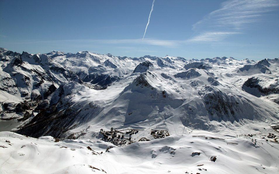 http://www.toursaltitude.com/wp-content/uploads/2014/07/JPG-Tignes-paysage-de-montagne-hd-955x595.jpg