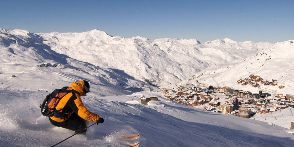 http://www.toursaltitude.com/wp-content/uploads/2014/07/Menuires-Val-Thorens-955x479.jpg
