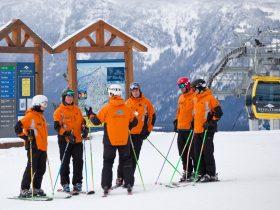 http://www.toursaltitude.com/wp-content/uploads/2014/07/Revelstoke-Mountain-Resort-8-Royce-Sihlis-280x210.jpg
