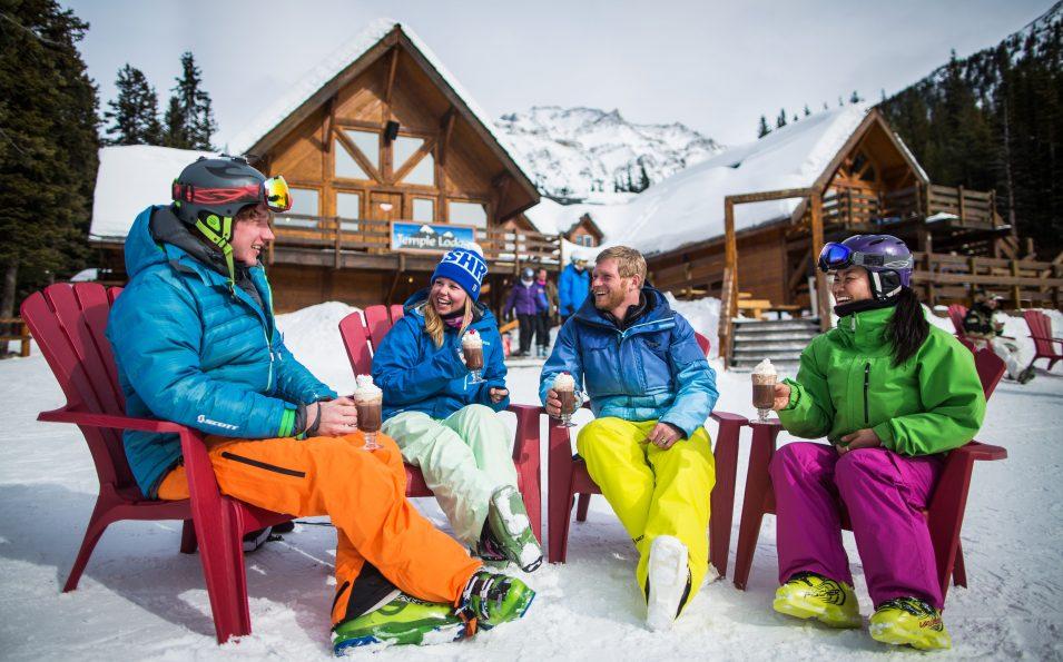 http://www.toursaltitude.com/wp-content/uploads/2014/07/Ski-Lake-Louise-Zizka-7-955x595.jpg