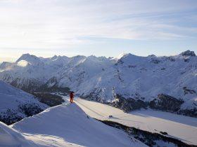 http://www.toursaltitude.com/wp-content/uploads/2014/07/Swiss_Image_esm0166-JPG-280x210.jpg