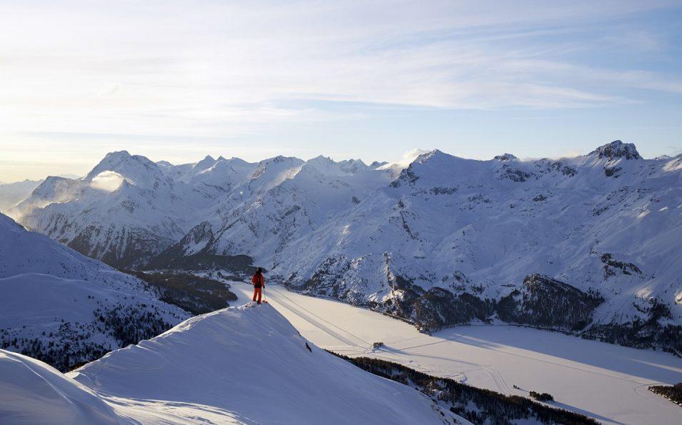 http://www.toursaltitude.com/wp-content/uploads/2014/07/Swiss_Image_esm0166-JPG-955x595.jpg