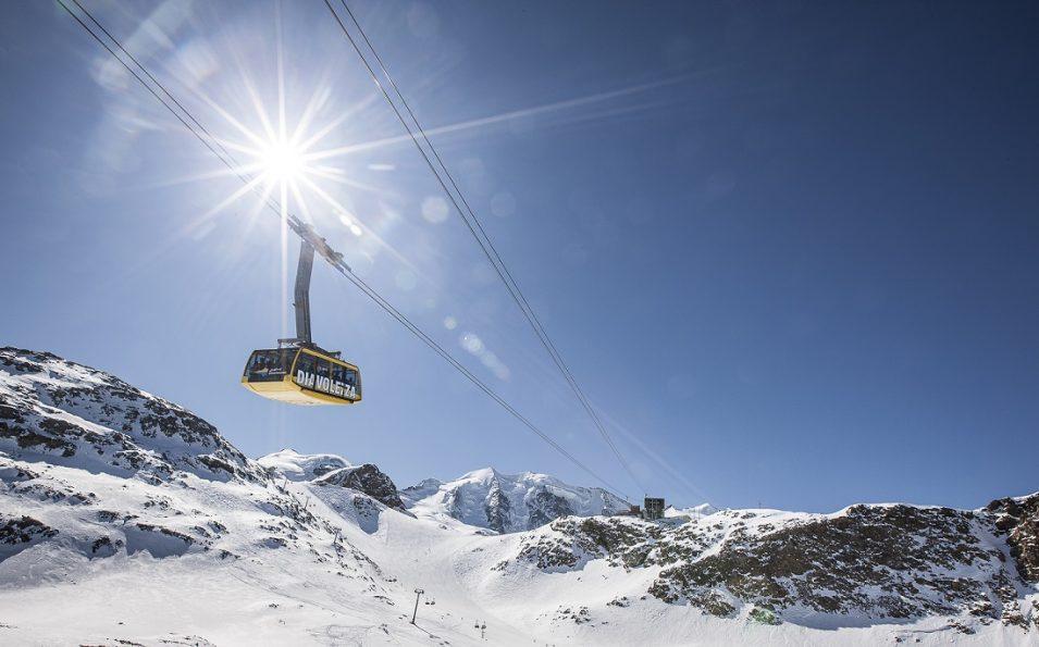 http://www.toursaltitude.com/wp-content/uploads/2014/07/Swiss_Image_esm9825JPG-955x595.jpg