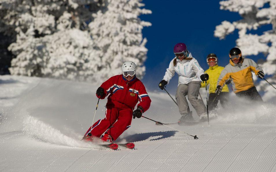 http://www.toursaltitude.com/wp-content/uploads/2014/07/heavenly-ski-resort-3-955x595.jpg