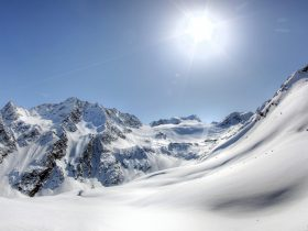 http://www.toursaltitude.com/wp-content/uploads/2014/07/soel_gletscher_02_12-280x210.jpg