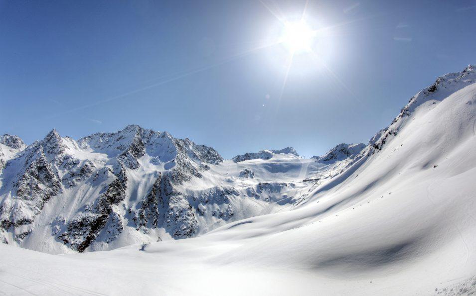 http://www.toursaltitude.com/wp-content/uploads/2014/07/soel_gletscher_02_12-955x595.jpg