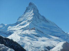 http://www.toursaltitude.com/wp-content/uploads/2014/08/Groupe-Zermatt10-280x210.jpg