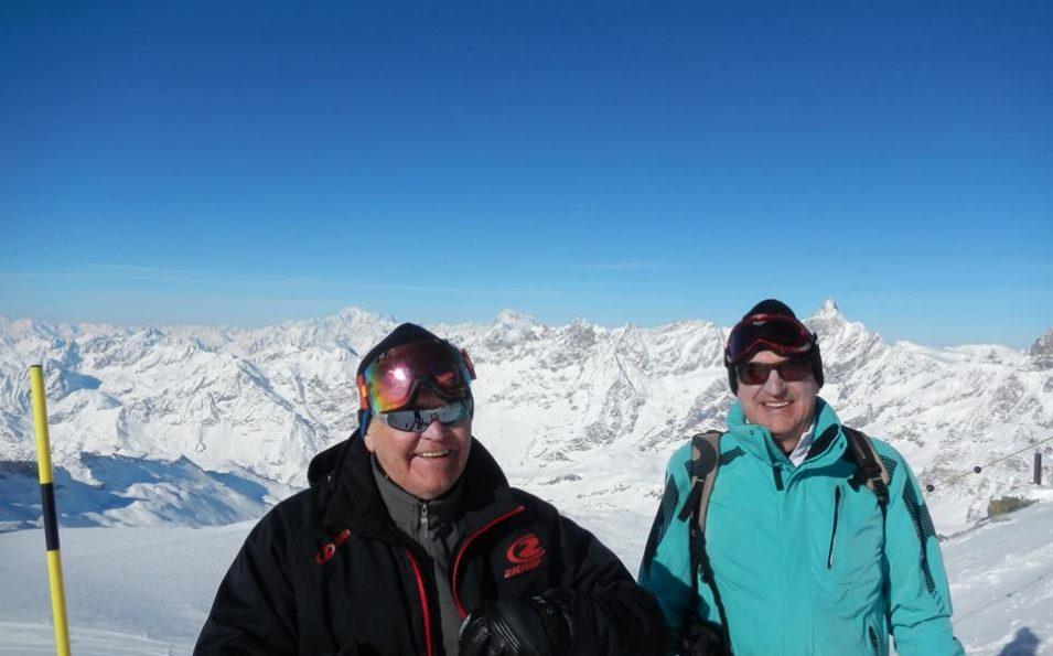 http://www.toursaltitude.com/wp-content/uploads/2014/08/Groupe-Zermatt5-955x595.jpg