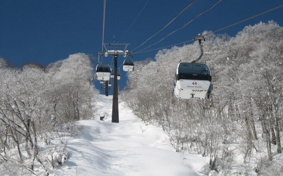 http://www.toursaltitude.com/wp-content/uploads/2014/08/Hakuba-2-955x595.jpg