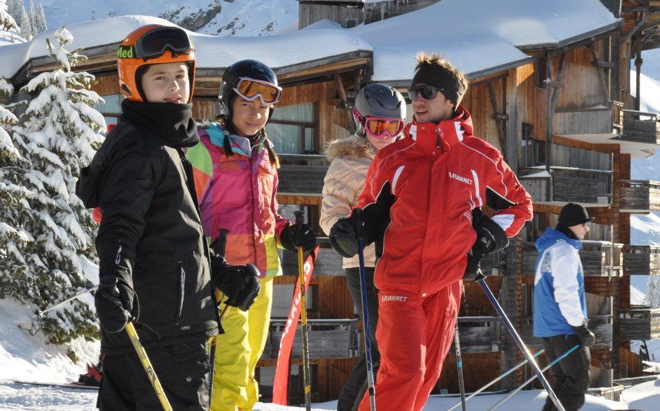 http://www.toursaltitude.com/wp-content/uploads/2014/08/avoriaz-ski2-955x595.jpg