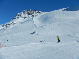 http://www.toursaltitude.com/wp-content/uploads/2014/09/Steven-Zermatt-3-280x210.jpg