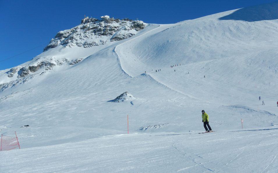 http://www.toursaltitude.com/wp-content/uploads/2014/09/Steven-Zermatt-3-955x595.jpg