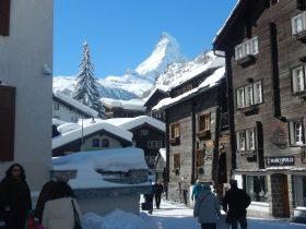http://www.toursaltitude.com/wp-content/uploads/2014/09/Vieux-Village-de-Zermatt-9-280x210.jpg