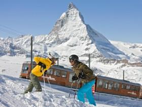 http://www.toursaltitude.com/wp-content/uploads/2014/09/Zermatt-2-280x210.jpg