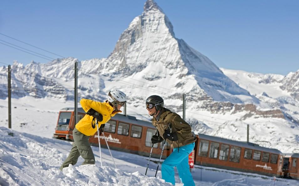 http://www.toursaltitude.com/wp-content/uploads/2014/09/Zermatt-2-955x595.jpg