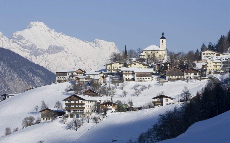http://www.toursaltitude.com/wp-content/uploads/2017/05/haim_ortsaufnahme_winter_03_08-955x595.jpg