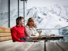 http://www.toursaltitude.com/wp-content/uploads/2017/08/Kaffeepause-Terrasse-Sunna-Alm-Restaurant_Rifflsee_Daniel-Zangerl-280x210.jpg