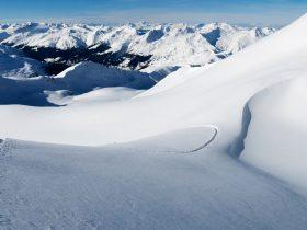 http://www.toursaltitude.com/wp-content/uploads/2018/04/Pischa_PischaHorn_Panorama_Winter-1-280x210.jpg