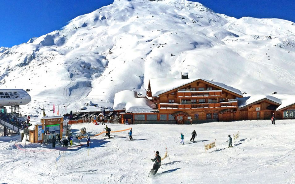 http://www.toursaltitude.com/wp-content/uploads/2018/04/hotel-isatis-les-ménuires-1-955x595.jpg
