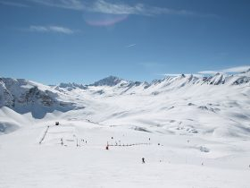 http://www.toursaltitude.com/wp-content/uploads/2018/04/tignes-val-isere-280x210.jpg