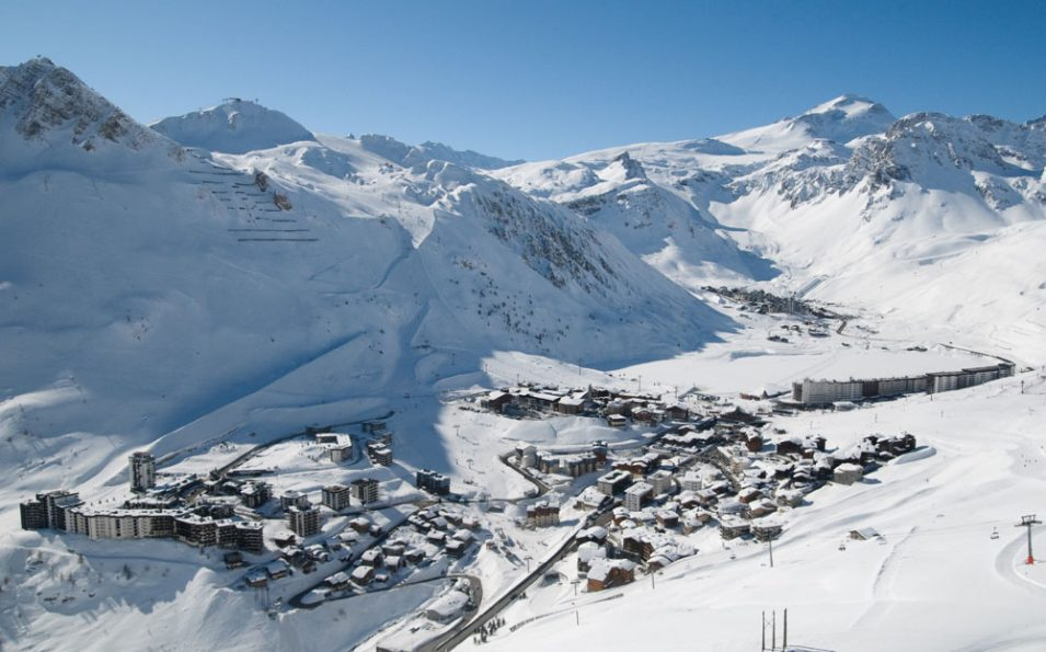 http://www.toursaltitude.com/wp-content/uploads/2018/04/tignes_©andyparant_1-955x595.jpg