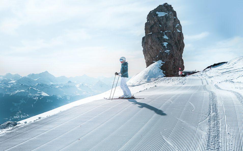 http://www.toursaltitude.com/wp-content/uploads/2018/06/Glacier-3000_Pisten_02-955x595.jpg