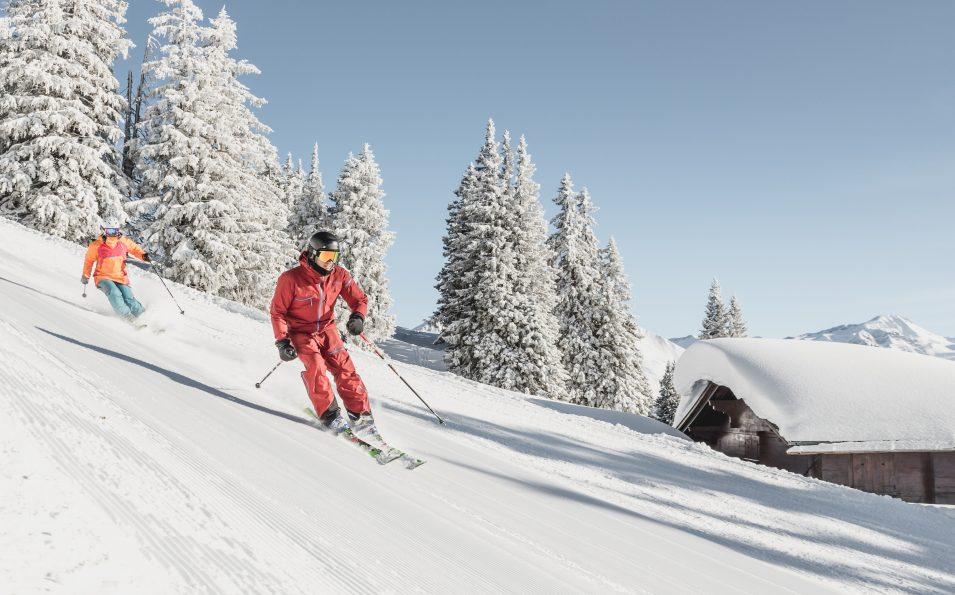 http://www.toursaltitude.com/wp-content/uploads/2018/06/Horneggli_Skifahren-3-955x595.jpg