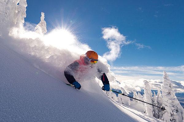 http://www.toursaltitude.com/wp-content/uploads/2019/08/Winter-Skiing-Pow-GH-4-600x400px.jpg