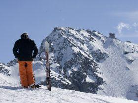 http://www.toursaltitude.com/wp-content/uploads/2020/03/Nendaz-Mont-Fort-ski-au-sommet-Photo-www.arolle.com1_-280x210.jpg